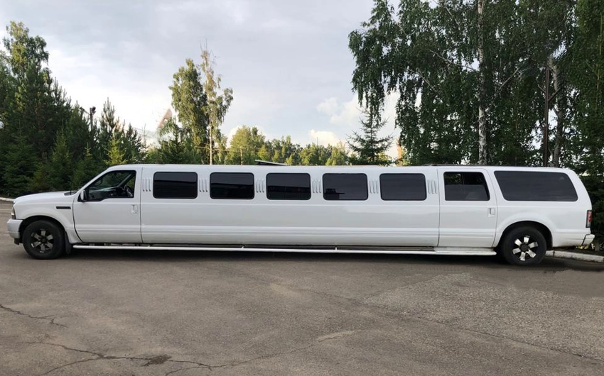 Ford Excursion 27 мест